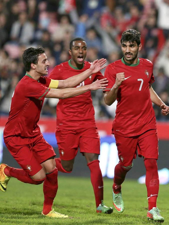 Ricardo Esgaio - Portugal U21 - with Luis Martins and Ricardo