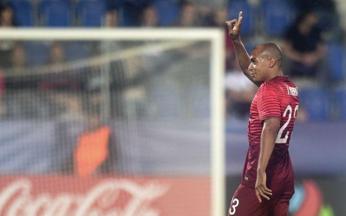 João Mário celebrates his goal